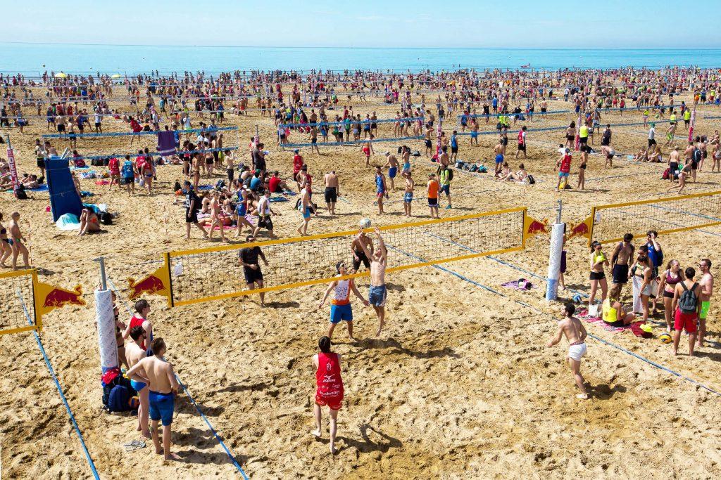 eventi di primavera a bibione: mizuno beach volley marathon