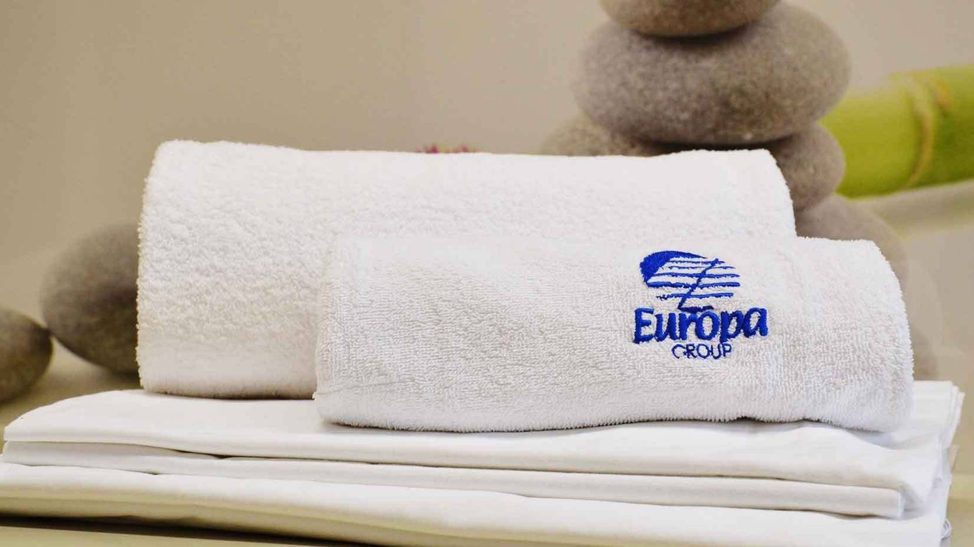 Bed linen and towel set Europa Tourist Group